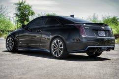 Cadillac ATS-V que senta-se consideravelmente fotos de stock