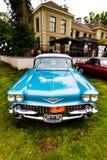 Cadillac bleu Photographie stock libre de droits