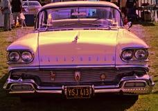Cadillac de neón imagen de archivo libre de regalías