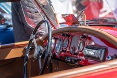 Cadillac Excalibur in der montjuic Geist Barcelona-Stromkreisautoshow stockfotos
