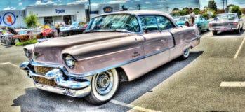 Cadillac rosa dipinto abitudine immagini stock