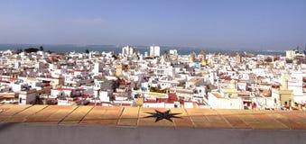 Cadiz, ein schönes Panorama der Stadt von Cadiz stockbilder