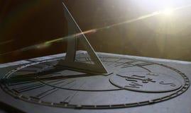 Cadran solaire perdu à temps images libres de droits