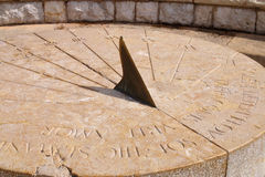 Cadran solaire romain antique Photos stock