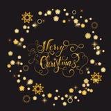 Cadre brillant de nouvelle année d'or avec marquer avec des lettres le Joyeux Noël Photographie stock libre de droits