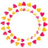 Cadre circulaire de trame fait de coeurs d'isolement Images stock
