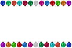 Cadre coloré de babioles de boules de Noël d'isolement Photographie stock libre de droits
