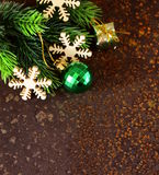 Cadre d'arbre de sapin de Noël avec la décoration Images libres de droits