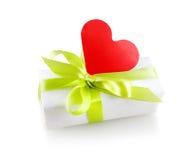 Cadre de cadeau avec le coeur Images libres de droits