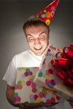 Cadre de cadeau d'ouverture d'homme d'anniversaire photos libres de droits