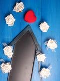 Cadre de cadeau en forme de coeur rouge Photographie stock libre de droits