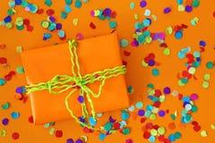 Cadre de cadeau orange Photographie stock libre de droits