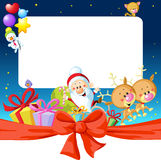 Cadre de Noël de nuit avec Santa Claus, le renne et le bonhomme de neige Image libre de droits