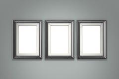 Cadre de tableau noir sur le mur gris Photographie stock
