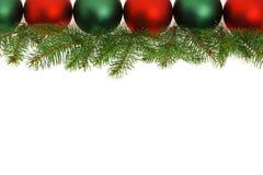 Cadre des billes vertes et rouges de Noël Photo stock