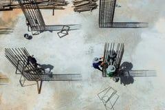 Cadre en acier de travailleur de la construction photos stock