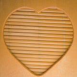 Cadre en bois de forme de coeur Image stock