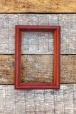 Cadre en bois sur le fond en bois photos libres de droits