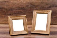 Cadre en bois sur le fond en bois Image stock