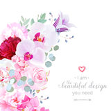 Cadre en croissant floral de luxe de vecteur de forme avec des fleurs illustration de vecteur