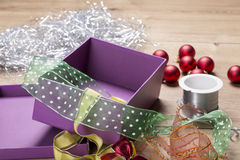 Cadre et bandes de cadeau Images stock