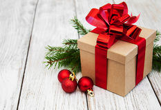 Cadre et billes de cadeau de Noël Images libres de droits