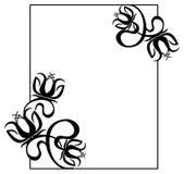 Cadre noir et blanc avec des silhouettes de fleurs Images libres de droits