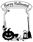 Cadre noir et blanc avec la silhouette de potiron de Halloween Image stock