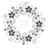 Cadre rond élégant avec des fleurs, des feuilles et des baies Photographie stock
