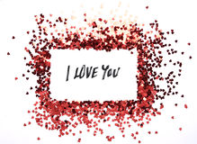 Cadre rouge de scintillement de coeurs avec le fond blanc, valentine, amour, mariage, concept de mariage Photo libre de droits