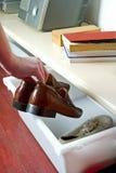 Cadre sur des chaussures Photos stock