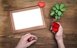 Cadre vide de photo pour l'amour un Photographie stock