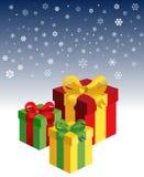 Cadres de cadeau dans la neige Photographie stock