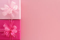 Cadres de cadeau roses images stock