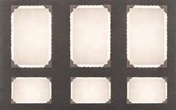 Cadres de photo avec le coin rétro page d'album photos de style photographie stock libre de droits