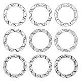 Cadres ronds tirés par la main, ornements de cercle Photos libres de droits