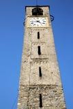 Cadrezzate stary abstrakt w Italy kościół i ściana Fotografia Stock