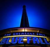 Caduta blu la più grande caduta su terra Fotografie Stock