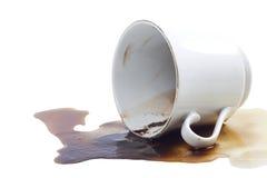 Caduta del caffè e una tazza di caffè. Fotografia Stock Libera da Diritti