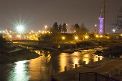 Caduta dell'acqua di Denver e luci notturne scintillanti Immagini Stock Libere da Diritti