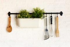 Caduta dell'utensile della cucina Fotografia Stock Libera da Diritti