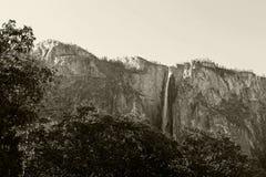 Caduta della coda di cavallo, Yosemite, parco nazionale di Yosemite fotografie stock libere da diritti