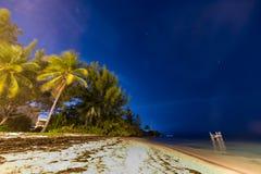 Caduta delle stelle sopra la spiaggia Fotografia Stock Libera da Diritti