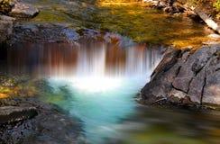 Cadute dell'acqua del ghiacciaio fotografia stock