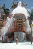 Cadute dell'acqua dell'attrazione persa della città Immagine Stock