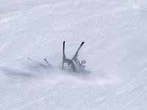 Cadute dello sciatore Fotografie Stock