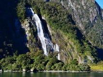Cadute di Bowen, cascata più alta in Nuova Zelanda Fotografie Stock Libere da Diritti