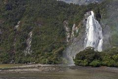 Cadute di signora Bowen, Milford Sound, Nuova Zelanda Immagini Stock
