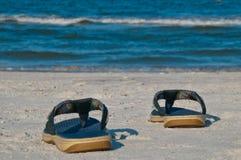 Cadute di vibrazione sulla spiaggia immagini stock