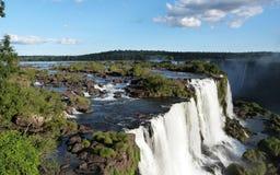 Caen las cascadas del Brasil de las cataratas Foto de archivo libre de regalías